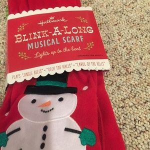 Hallmark Musical & Light up Snowman Scarf NWT